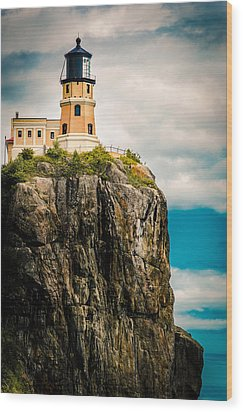 Wood Print featuring the photograph Lighthouse On Split Rock by Mark David Zahn