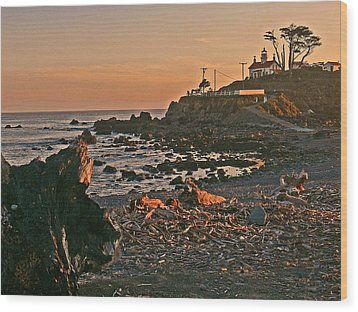 Lighthouse Sunset  Wood Print by Gracia  Molloy