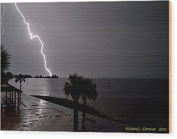 Wood Print featuring the photograph Lightning 1 by Richard Zentner