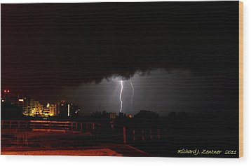 Wood Print featuring the photograph Lightning 10 by Richard Zentner