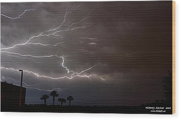 Wood Print featuring the photograph Lightning 5 by Richard Zentner