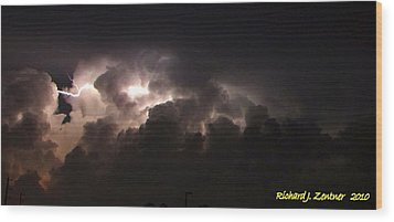 Wood Print featuring the photograph Lightning 7 by Richard Zentner