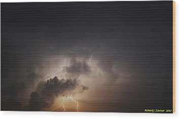 Wood Print featuring the photograph Lightning 8 by Richard Zentner