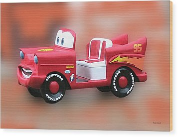 Lightning Mcqueen Wood Print by Thomas Woolworth