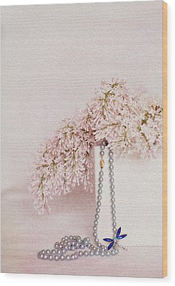 Lilacs Pearls And A Bit Of Sparkle Wood Print by Rebecca Cozart