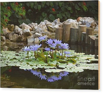 Lilies On The Pond Wood Print by Darla Wood