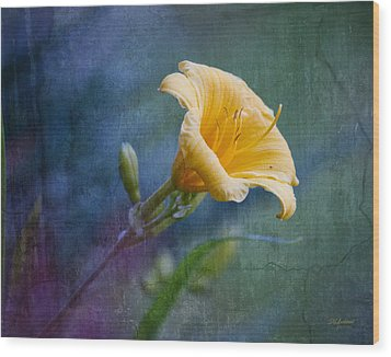 Lily In Blues And Greens Wood Print