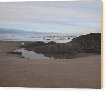 Lincoln City Beach Wood Print by Karen Molenaar Terrell