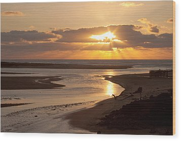 Lincoln City Sunset Wood Print by John Daly
