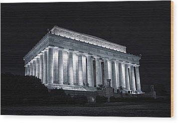 Lincoln Memorial Wood Print by Joan Carroll