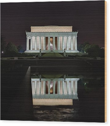 Lincoln Reflection Wood Print by Metro DC Photography