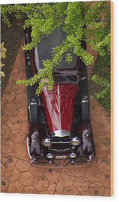 Lincoln Town Car Wood Print by Thomas Woolworth