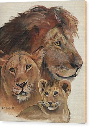 Lion Family Portrait Wood Print by Suzanne Schaefer