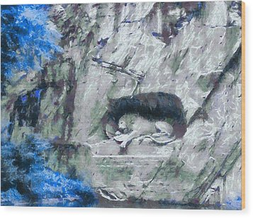 Lion Of Lucerne Wood Print by Dan Sproul