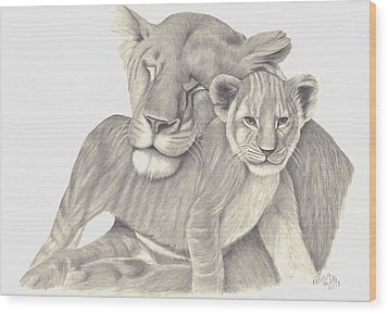 Lioness And Cub Wood Print by Patricia Hiltz