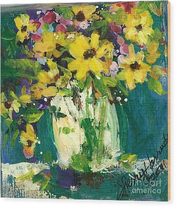 Little Daisies Wood Print by Sherry Harradence