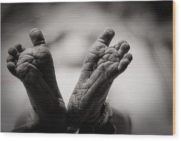 Little Feet Wood Print by Adam Romanowicz