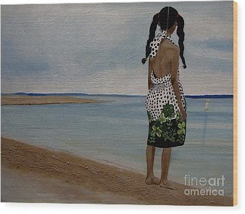 Little Girl On The Beach Wood Print by Chelle Brantley