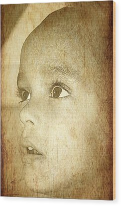 Little Innocent Wood Print by Ester  Rogers
