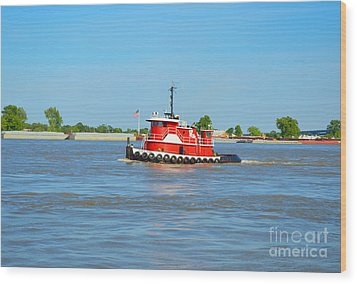 Little Red Boat On The Mighty Mississippi Wood Print by Alys Caviness-Gober