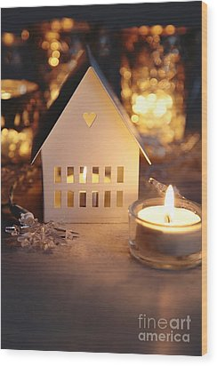 Wood Print featuring the photograph Little White House Lit With Candle For The Holidays by Sandra Cunningham