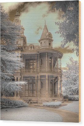Littlefield Mansion Wood Print by Jane Linders