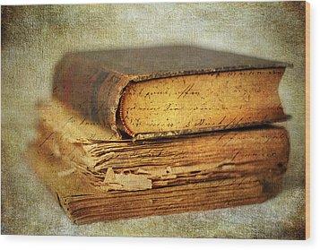 Livres Wood Print by Jessica Jenney
