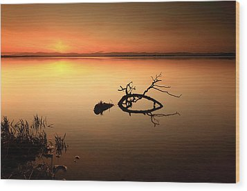 Loch Leven Sunset Wood Print by Grant Glendinning