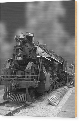 Locomotive 639 Type 2 8 2 Front And Side View Bw Wood Print by Thomas Woolworth