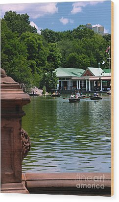 Loeb Boathouse Central Park Wood Print by Amy Cicconi
