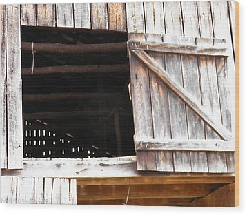 Wood Print featuring the photograph Lofty Hieghts by Nick Kirby