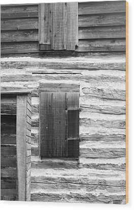 Log Cabin Walls 4 Bw Wood Print by Mary Bedy