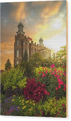 Logan Temple Garden Wood Print
