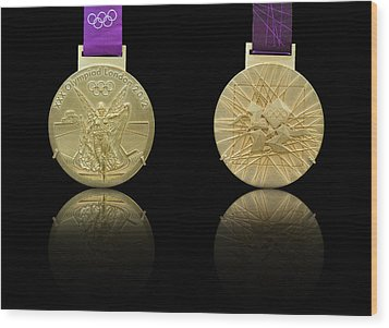 London 2012 Olympics Gold Medal Design Wood Print by Matthew Gibson