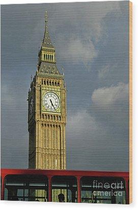 London Icons Wood Print by Ann Horn