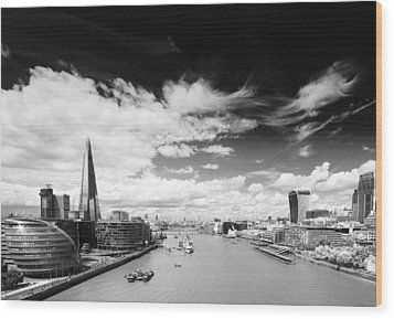 London Panorama Wood Print by Chevy Fleet
