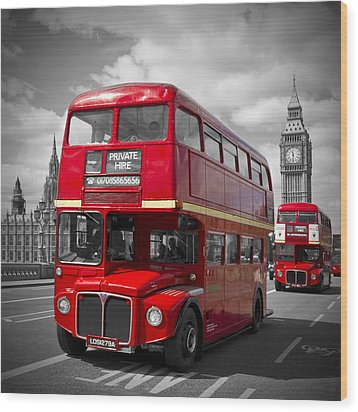 London Red Buses On Westminster Bridge Wood Print by Melanie Viola