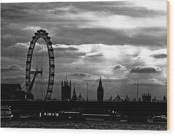 London Silhouette Wood Print by Jorge Maia