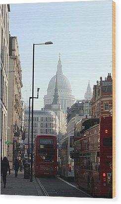 London Town Wood Print by Pat Purdy
