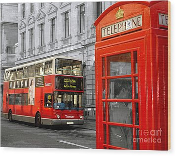 London With A Touch Of Colour Wood Print by Nina Ficur Feenan