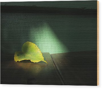 Wood Print featuring the photograph Lone Leaf by Paul Foutz