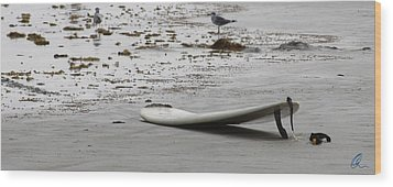 Lonely Surfboard Lg Wood Print by Chris Thomas