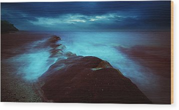 Wood Print featuring the photograph Lonely Twilight Tide by Afrison Ma