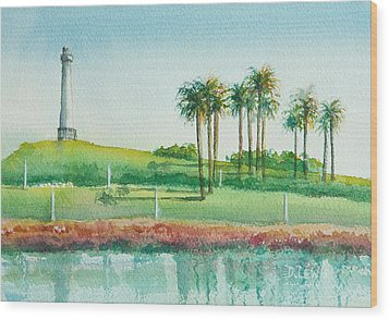 Long Beach Lighthouse Wood Print by Debbie Lewis