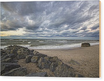 Long Island Sound Whitecaps Wood Print