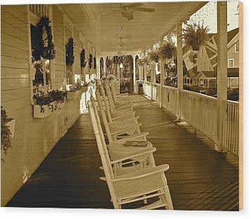 Long Southern Porch Wood Print
