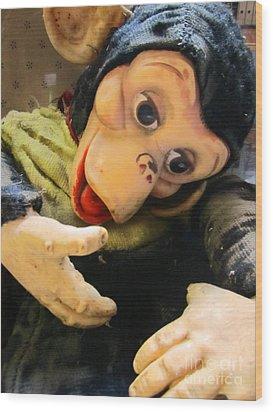 Look Ma No Thumbs Wood Print by Kym Backland