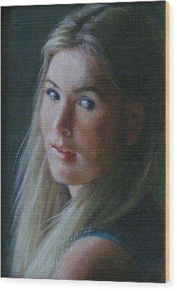 Looking Back Wood Print by Janet McGrath