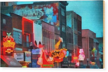Looking Down Broadway In Nashville Tennessee Wood Print by Dan Sproul