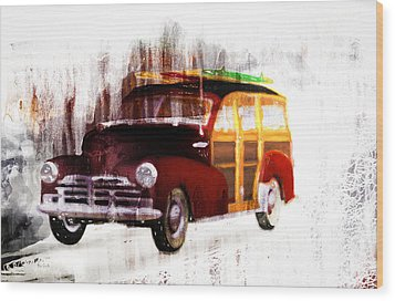 Looking For Surf City Wood Print by Bob Orsillo